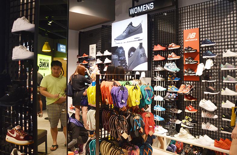 ef9f1ed618f4 fila shop malaysia Sale