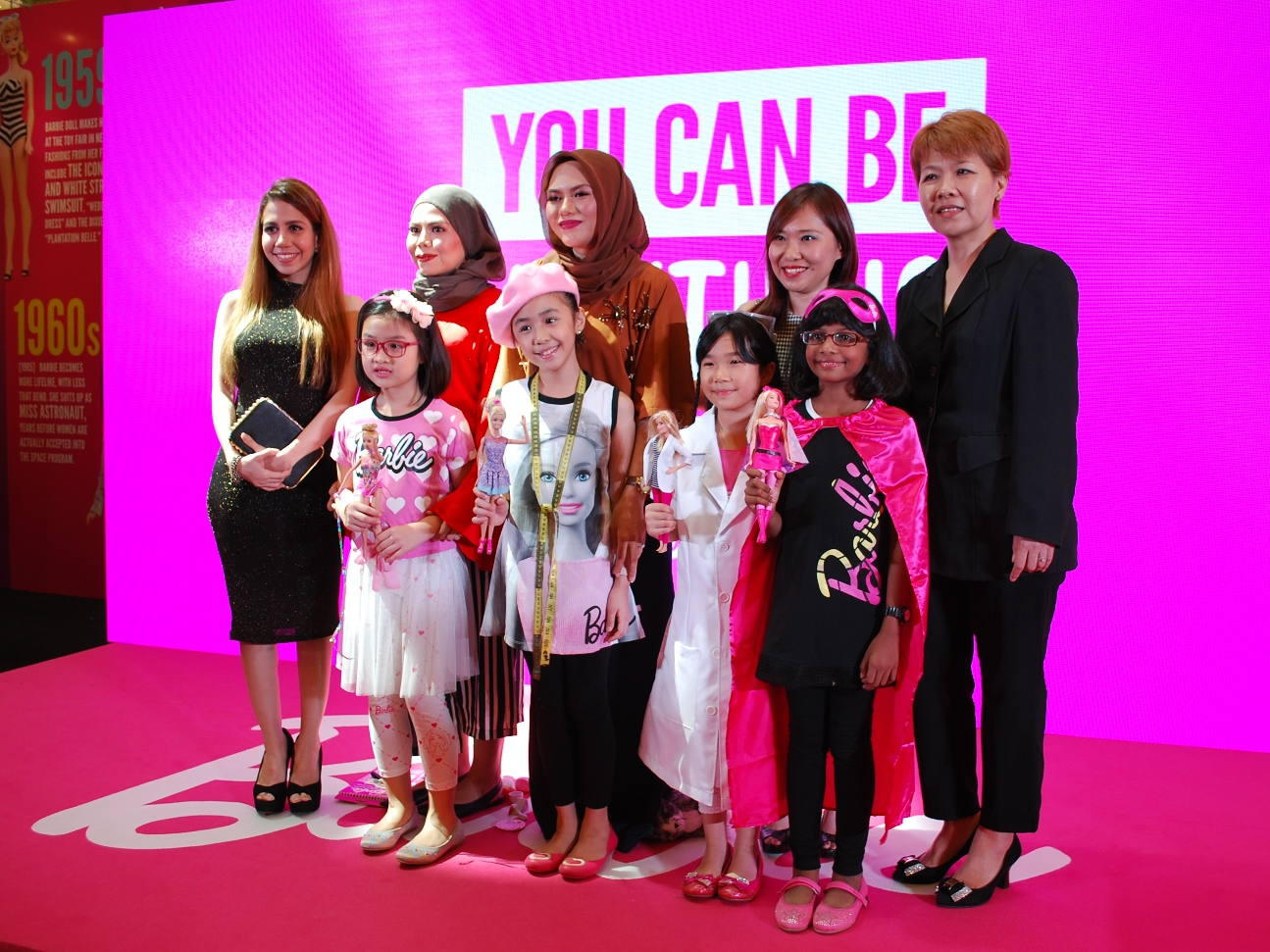 Youcanbeanything Mattell To Hold Barbie Doll Exhibition Features Katalog Berbie Baju A Display Of Over 200 Dolls