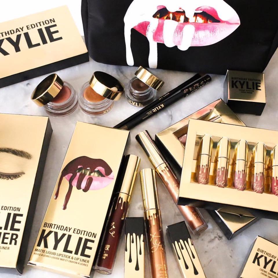Kylie Birthday Edition купить помаду