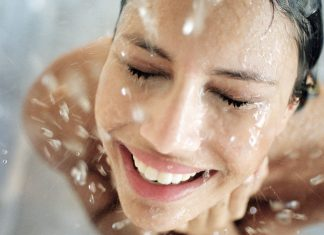 7 Beauty Mistakes You're Making In The Shower