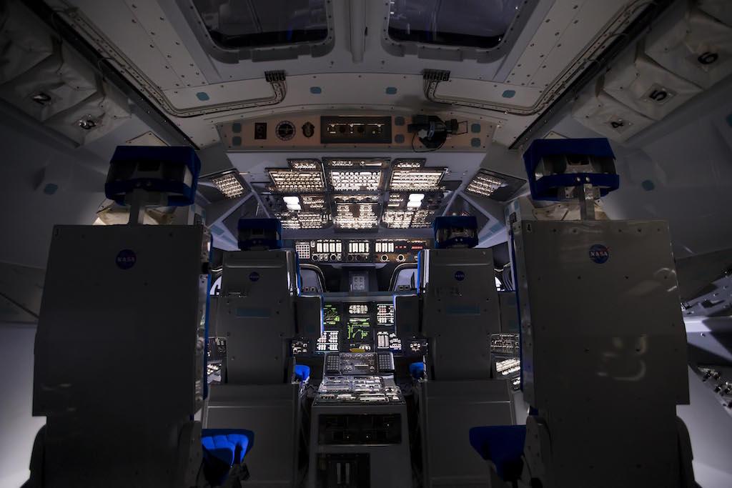 space shuttle cabin crew - photo #36