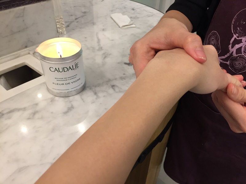 Caudalie Massage Candle - Pamper.My