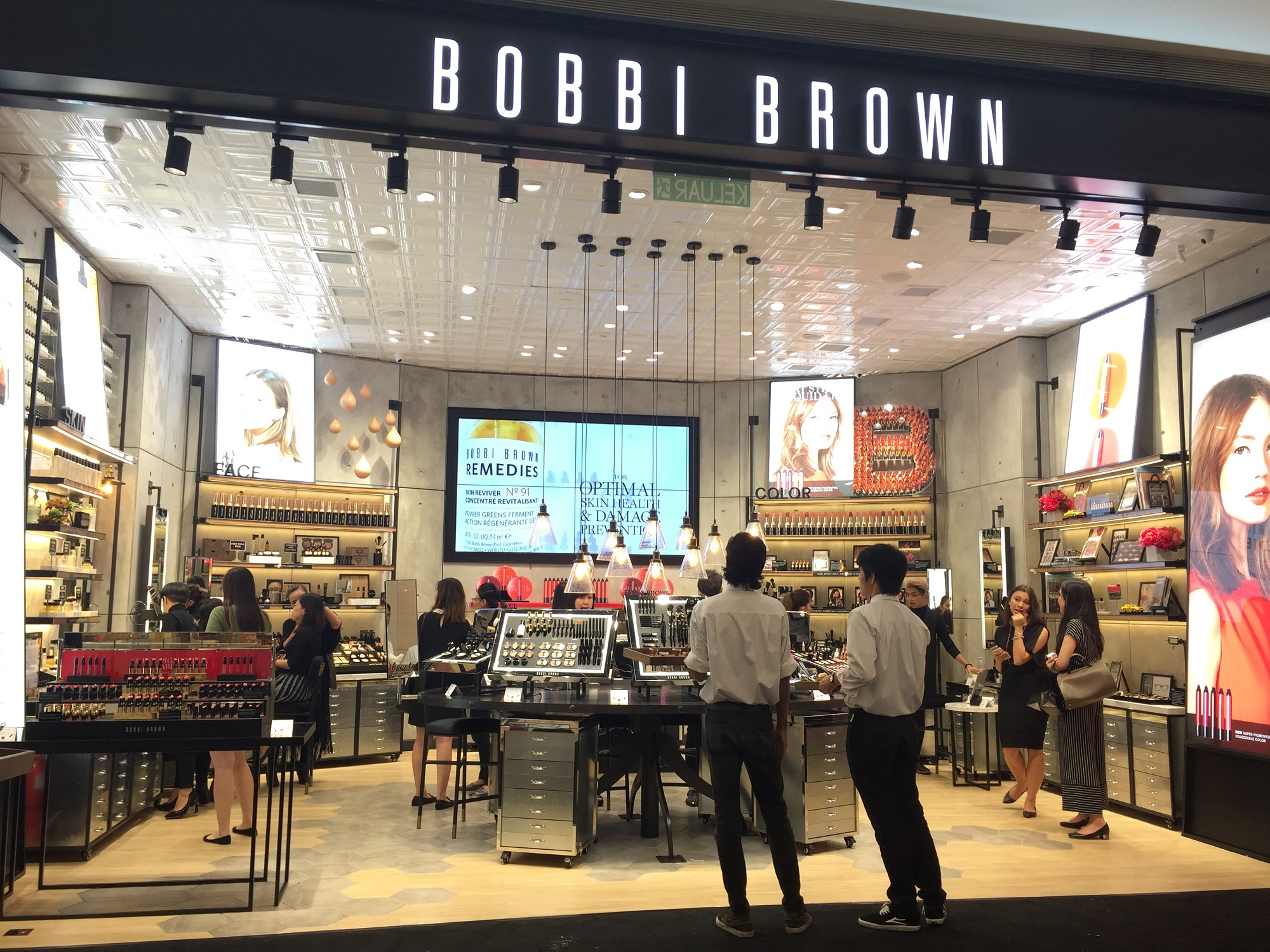 Bobbi Brown Opens New Concept Store In Pavilion Kuala ...