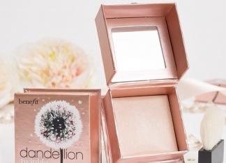 Get That Strobe With Benefit Cosmetics Dandelion Twinkle Powder Highlighter-Pamper.my