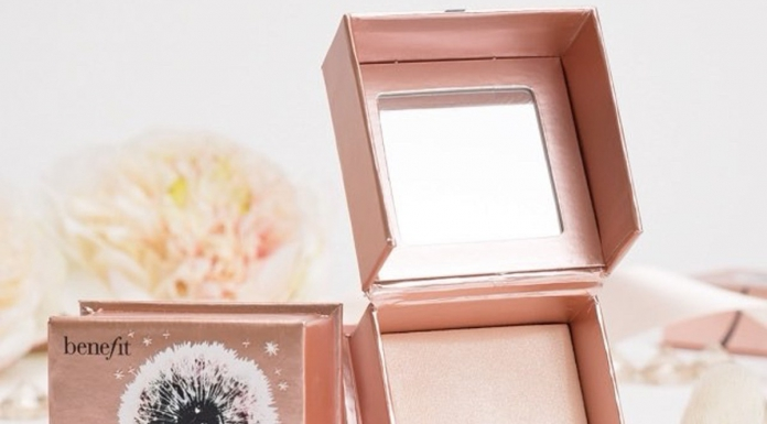 Get That Strobe With Benefit Cosmetics Dandelion Twinkle Powder Highlighter-Pamper.my