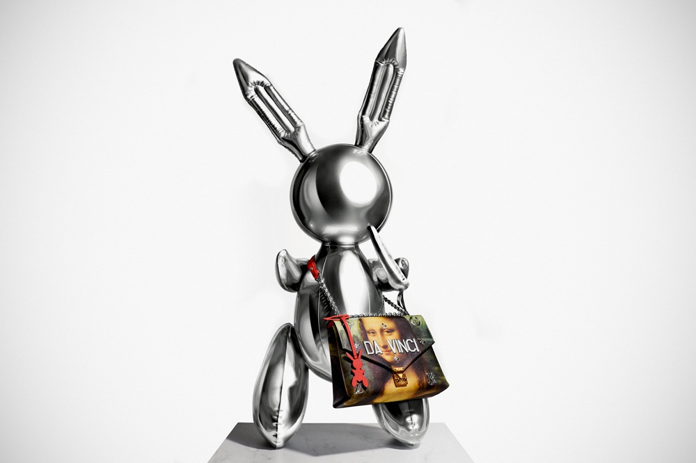 e9c11e14c92e Classic Art Meets Luxury In The Masters Louis Vuitton X Jeff Koons  Collection-Pamper.