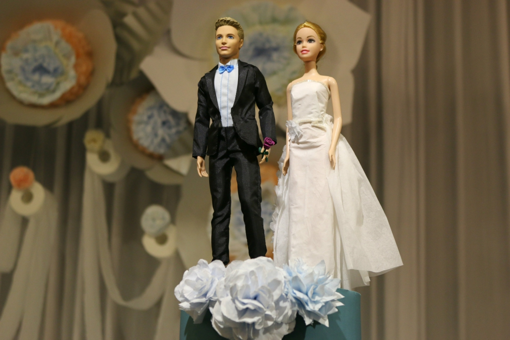together before marriage essay 4 17 2012 acircmiddot should couples live together before marriage why do you think this is why do you think of cohabiting or living together before marriage